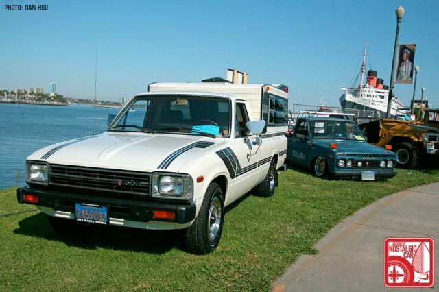 0351-0555Dan_ToyotaHiluxCamper