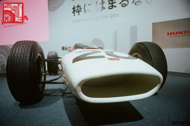 411s_Honda RA272
