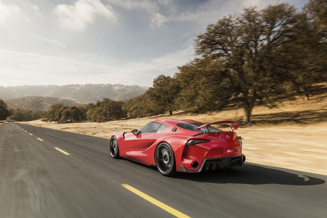 Toyota FT-1 concept motion 02