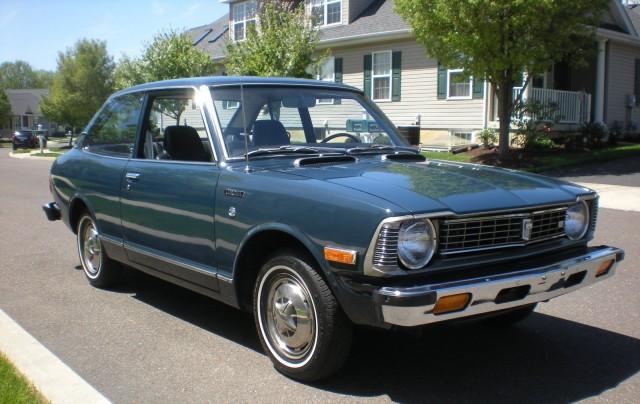 1974 Toyota Corolla 1600 Deluxe 01