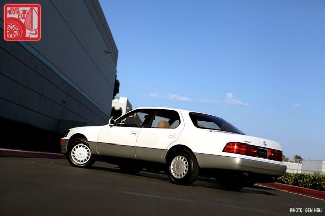 019_LexusLS400