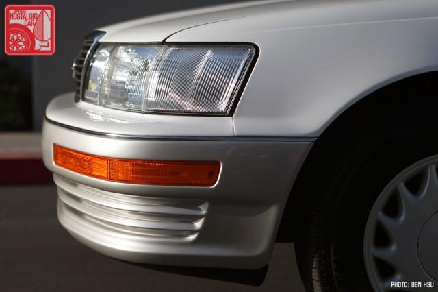 032_LexusLS400