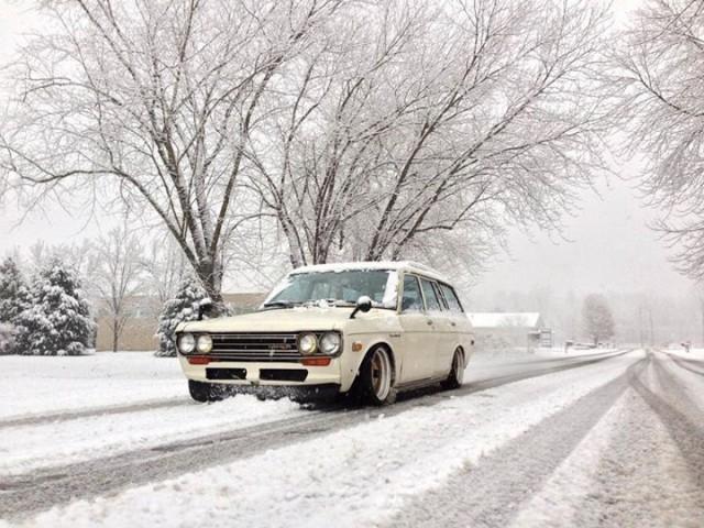 Datsun 510 wagon snow