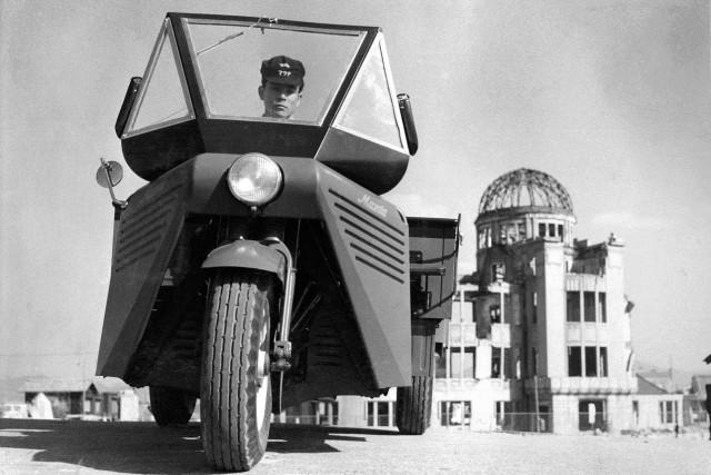 Run, Three Wheeled Truck - Mazdago