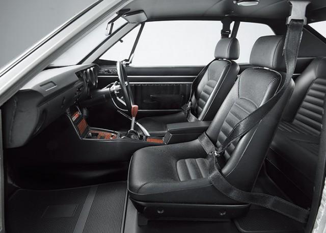 Nissan Skyline KPGC10 GT-R Hakosuka subscription model interior
