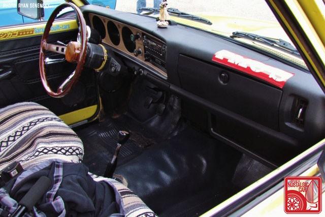 Datsun 620 Interior Team_Nostalgic Chicago