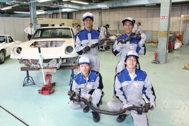 Mazda Cosmo Sport high school restoration 03