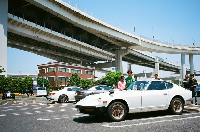 Parking in Japan 01 Coin Lot - Times Car rental Nissan FairladyZ S30Z