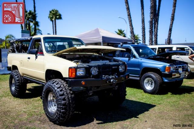 254-1511_Toyota HiluxN30
