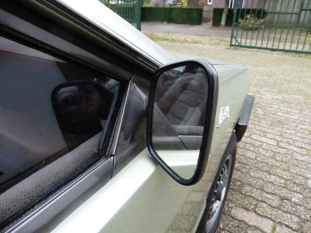 honda-civic-hatchback-benzine-bruin--102475072-Large