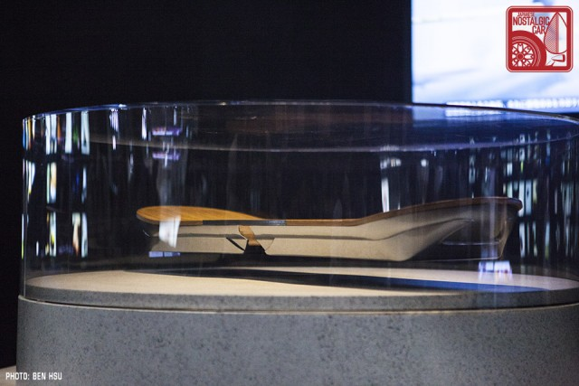 Lexus Hoverboard 01