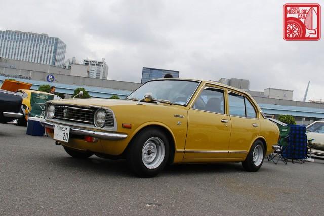 0550_Toyota Corolla E20 Sedan