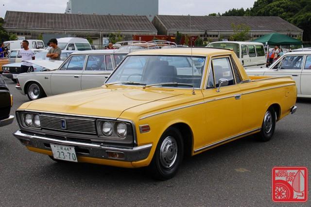 0683_Toyota Crown S50 pickup