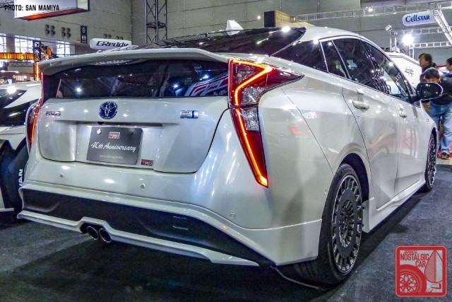 137SM1710978_ToyotaPriusTRD