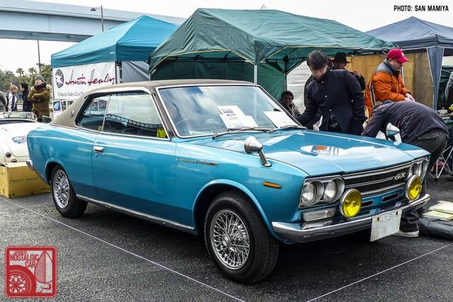 128-SM0354_Nissan Laurel C30 Coupe