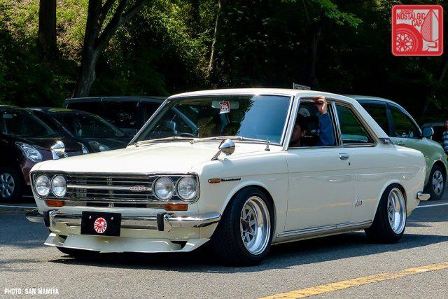 052-1-49_Nissan Bluebird 510 Coupe