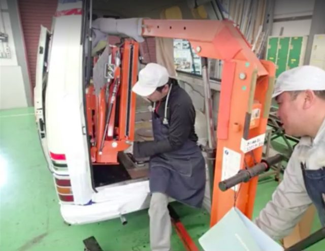 1978 Nissan Caravan Chair Cab restoration 09