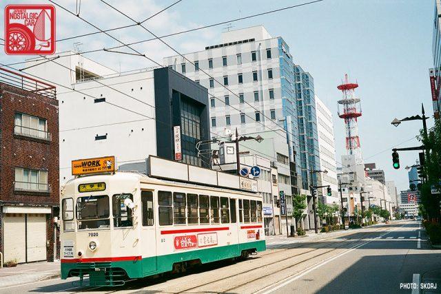 02-toyama-00b_tram