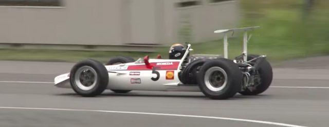 1968-honda-ra300