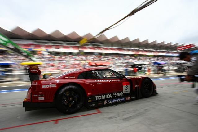 hasemi_motor_sports_superGT_r35_nissan_GT-R07