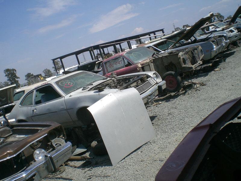 junkyard_love-hate4 | Japanese Nostalgic Car