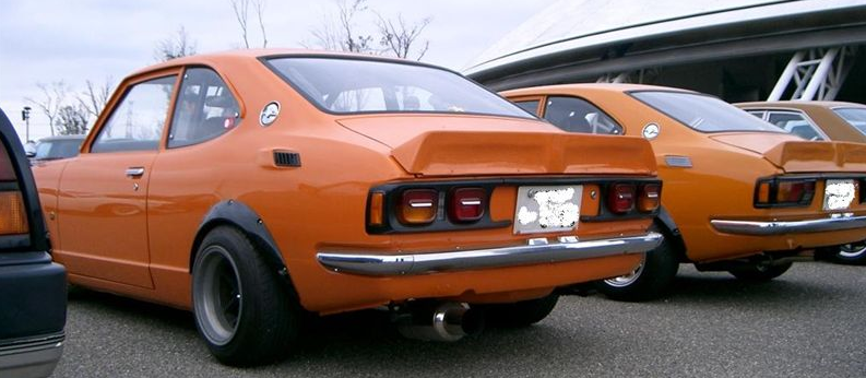 The difference between the Trueno and Levin. : AE86