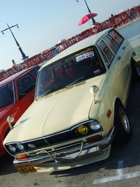retro car thailand bangkok nissan skyline c10 wagon