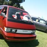 JCCS2010-082_ToyotaVan