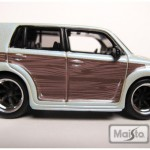 maisto-55 scion xb - white, woodgrain