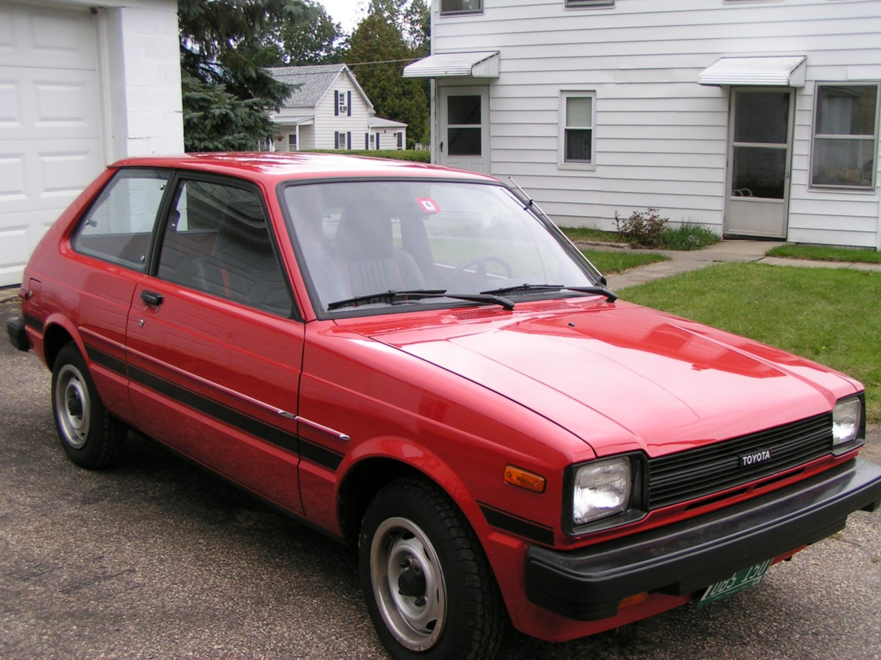 kidney anyone 2500 mile 1982 toyota starlet japanese nostalgic car. Black Bedroom Furniture Sets. Home Design Ideas