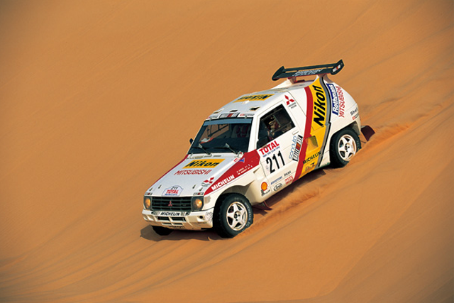 A Gallery Of Mitsubishi S Dakar Rally Cars Japanese