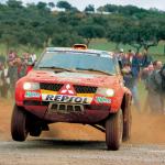 2006 Mitsubishi Pajero Dakar 01