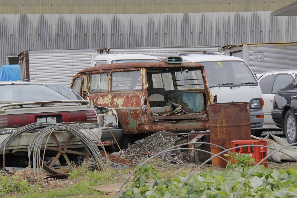 Identify This Rusty Car Found in a Japanese Junkyard | Japanese ...