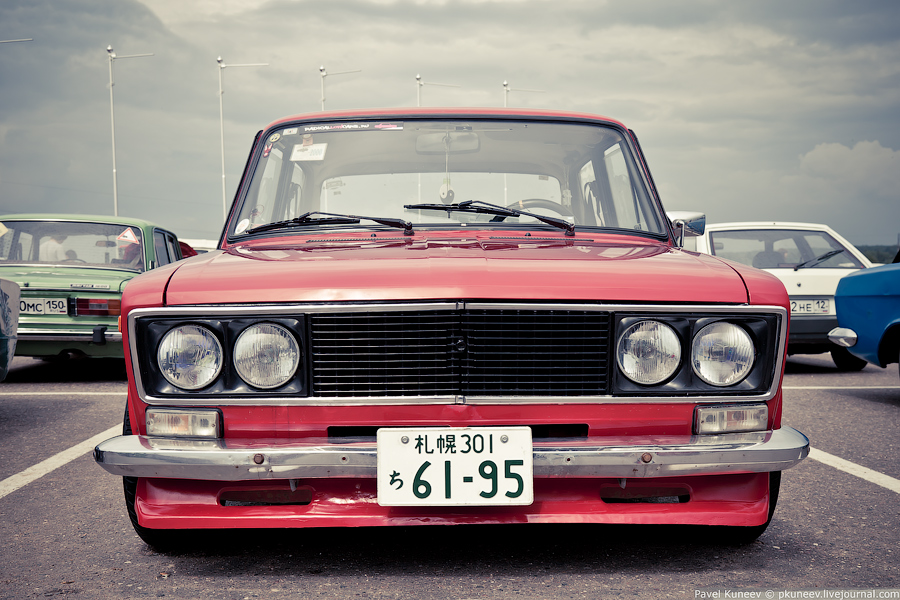 JDM Old School Style Hits Russia | Japanese Nostalgic Car