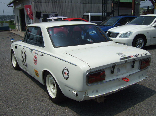 kidney anyone 1968 toyota 1600gt race car japanese. Black Bedroom Furniture Sets. Home Design Ideas