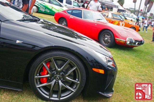 JCCS2011-256dan_Toyota2000GT_LexusLFA