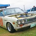 JCCS2011-435dan_NissanBluebird_Datsun510_GarageAutoHero