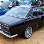 JCCS2011-455john_NissanBluebird510Coupe