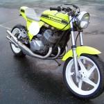 JCCS2011-760john_Kawasaki750Triple
