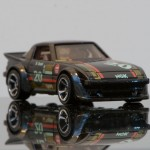 Hot_Wheels_Mazda_RX-7_SA22_2012_First_Edition_01
