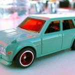 0036-4351Ricky_JunImai-HotWheels-Datsun510wagon