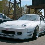 086_MazdaRX7-race