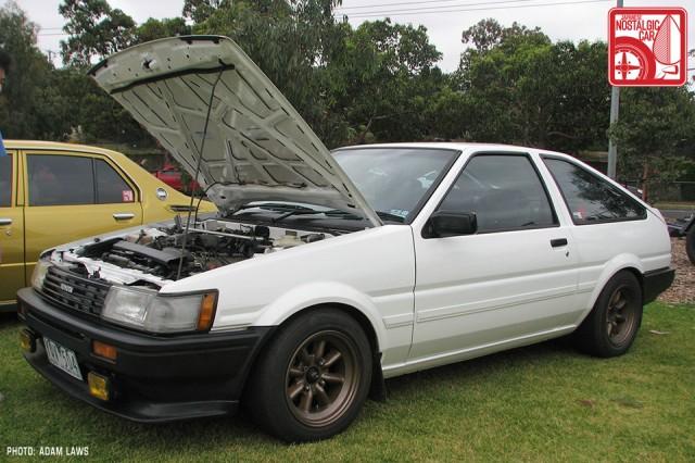 0681_Toyota-Corolla-Levin-AE86