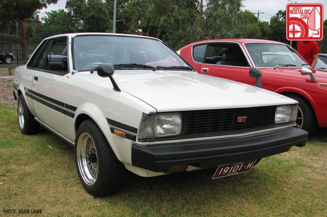 0737_Toyota-Corolla-E70