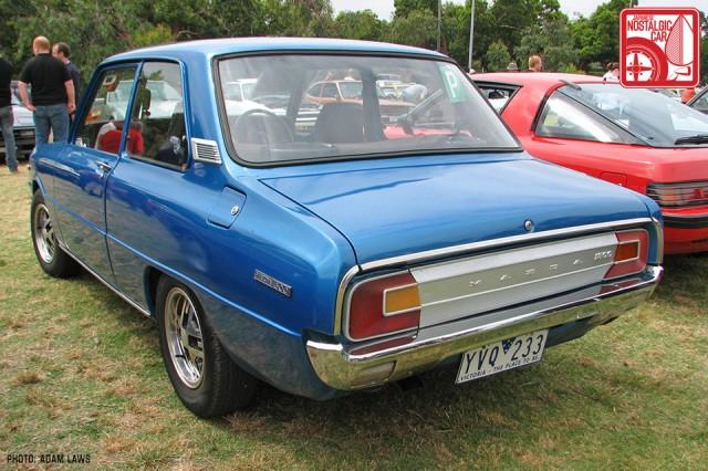 1019_Mazda-Familia-1300