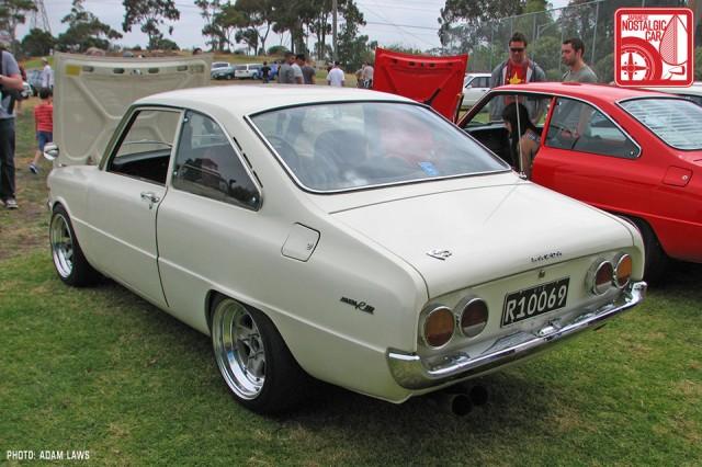 1190_Mazda-R100