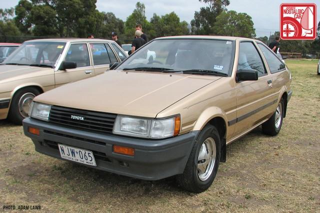 1306_Toyota-Corolla-Levin-AE86
