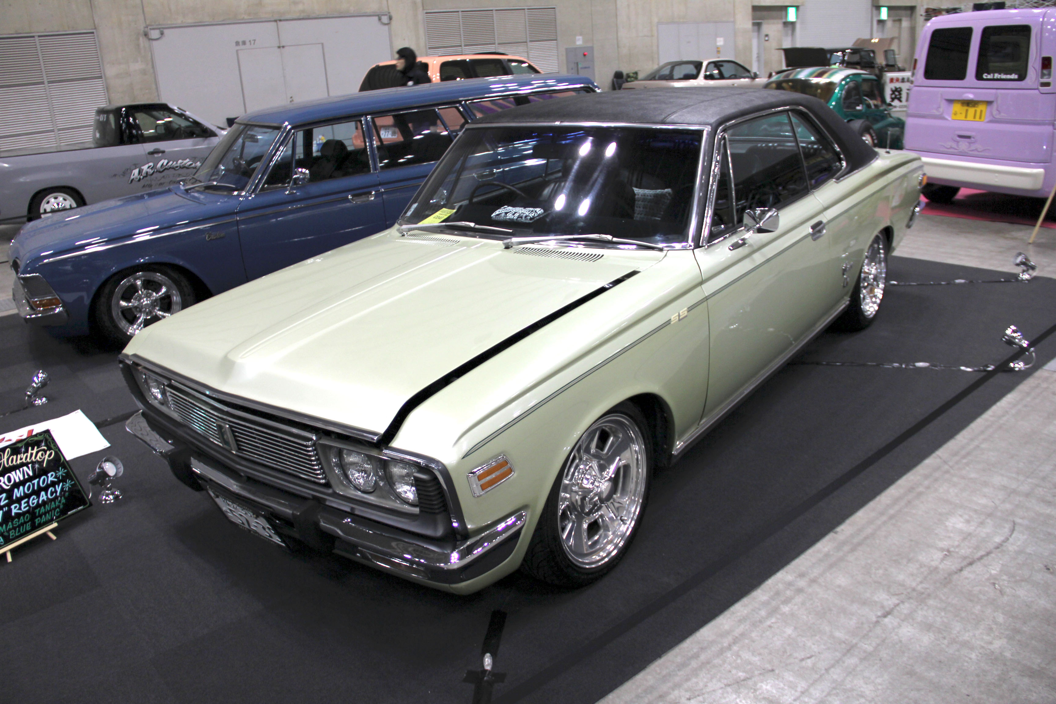 3306_Toyota-Crown-MS51-hardtop