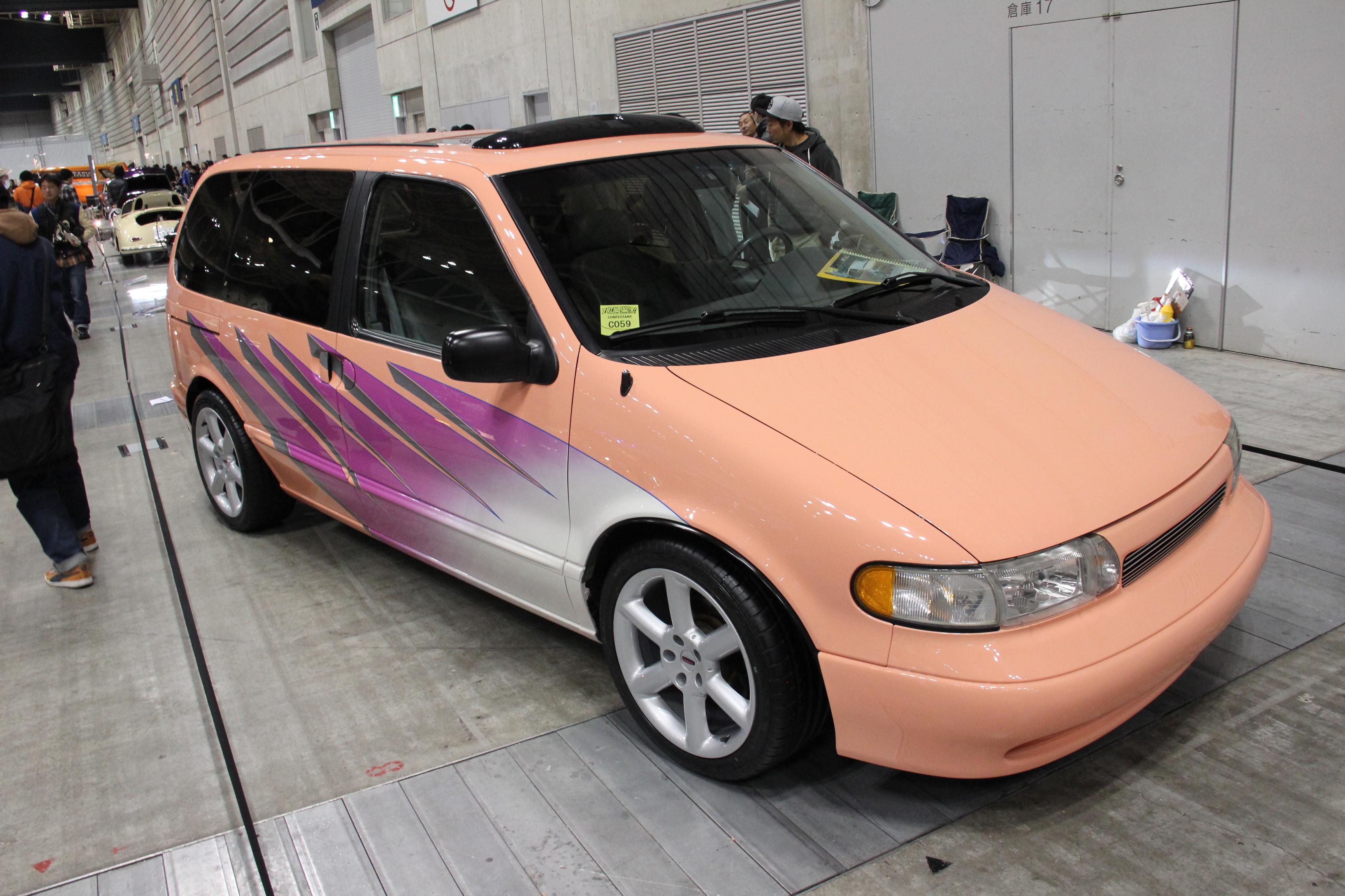 4194_Nissan-Quest