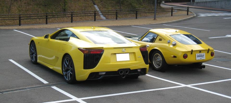 LexusLFA-2000GT_YatabeRecord_yellow-green05
